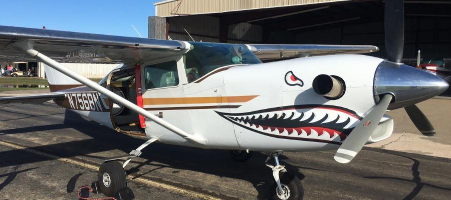 Cessna 206 Turbine jump plane at Oklahoma Skydiving